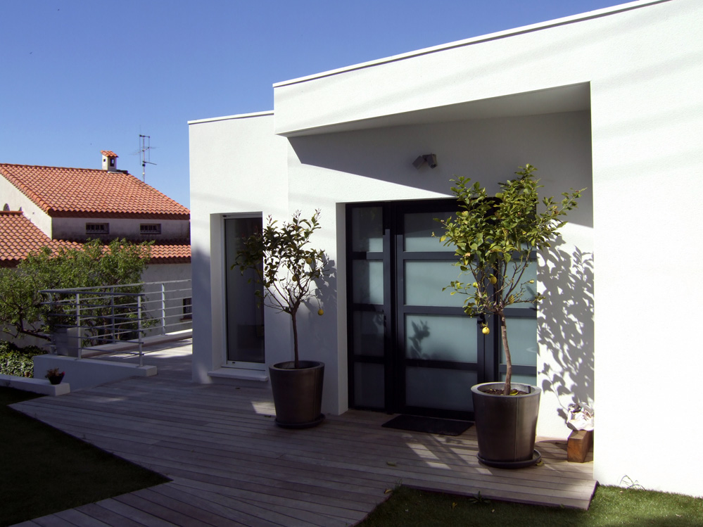 Atelier d 39 architecture ban gas villas villa 360 - Construire douche exterieure ...