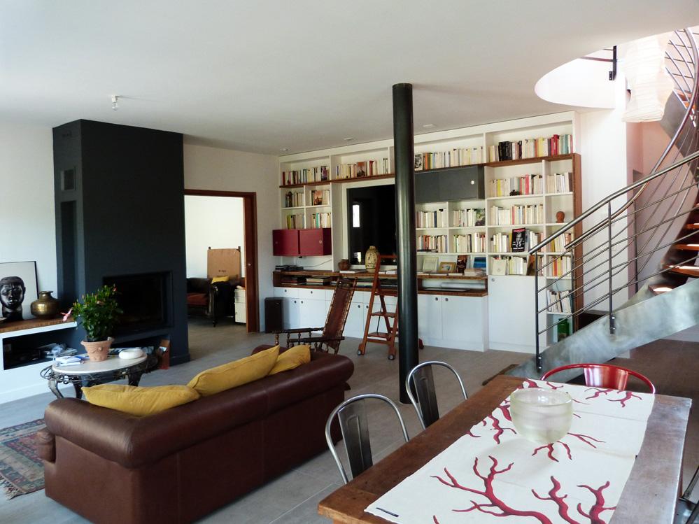Atelier d 39 architecture ban gas villas villa 434 villa d 39 architect - Cuisine avec poteau au milieu ...