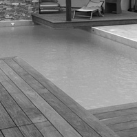 Ponton, piscine.<br />