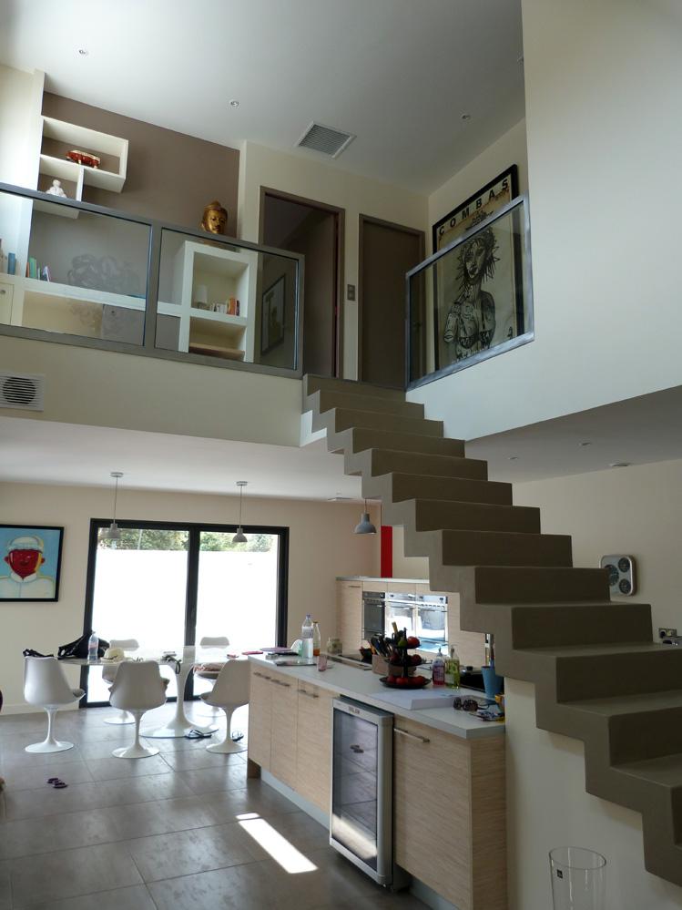 Atelier d 39 architecture ban gas villas villa 450 for Construction escalier beton interieur