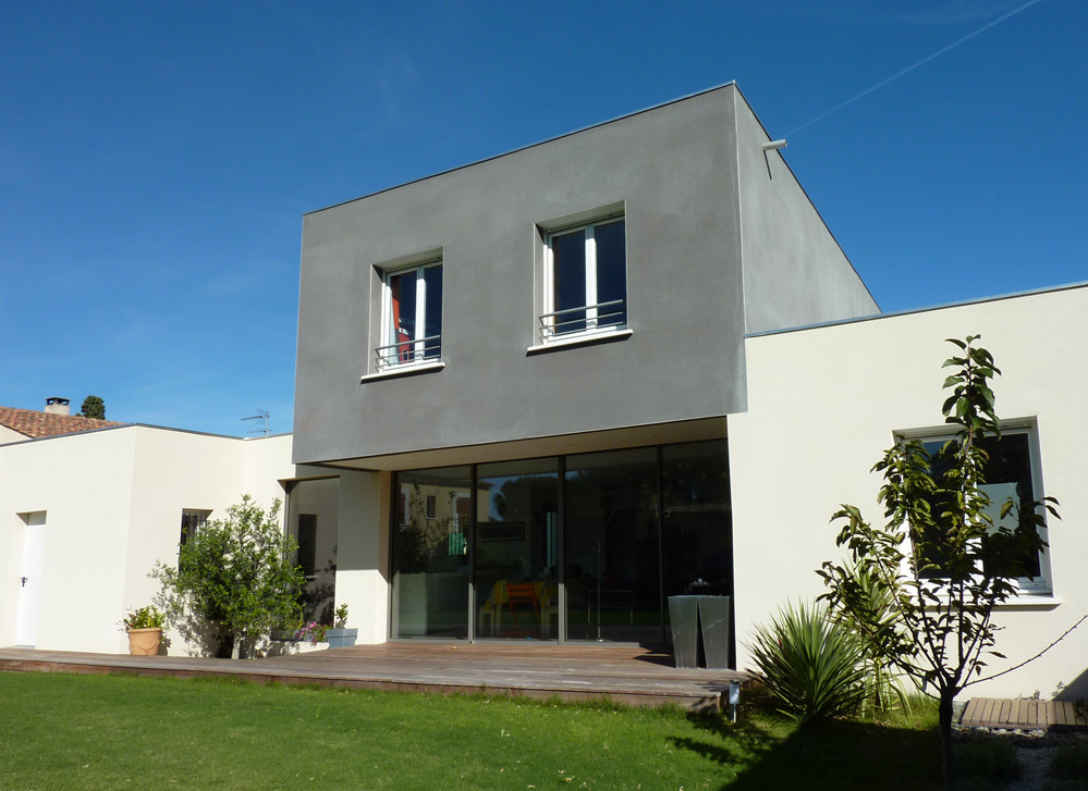 Atelier d 39 architecture ban gas villas villa cm villa for Couleur facade de maison contemporaine