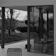 Terrasses avec baies vitrées toute hauteur<br />